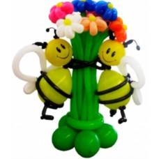 """Композиция """"Пчелки с букетом"""""""