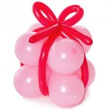 """Фигура  из шаров """"Подарок"""""""